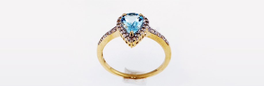 antique-wedding-pear-topaz-ring
