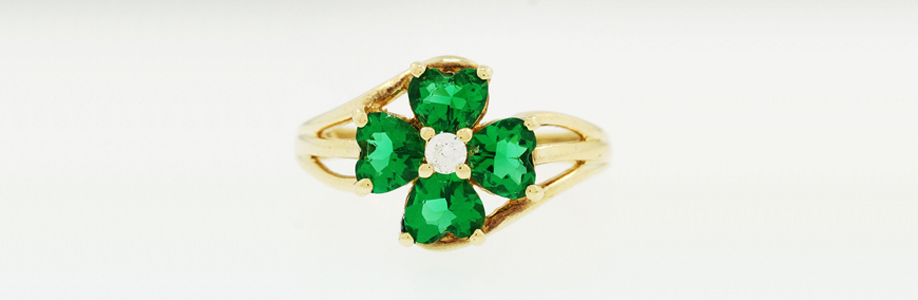 Yellow Gold Emerald Four Leaf Clover Ring